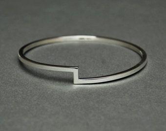 Silver Bangle // Geometric Bangle // Sterling Silver Bangle // Minimal Silver Bangle // Simple Silver Bangle