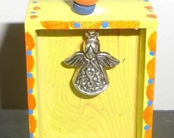 Pocket Nicho, shrine or Altar Ornament with Angel