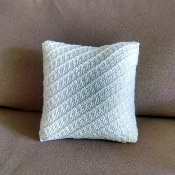 Knit Throw Pillow Cover Pattern : Hand-knitted 12x12 inches throw pillow cover with zipper.