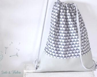 Ella - Hippster / Gymbag triangles geometric