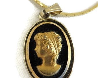 Vintage Cameo Pendant Necklace, Black and Gold Cameo. 16 inch Cobra Chain Necklace