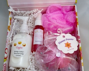 Young Lady's Bath & Body Set - FREE SHIPPING in USA