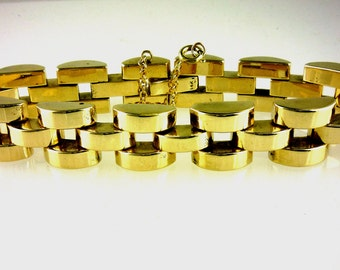 Ladies Heavy Vintage Retro 14k Yellow Gold Bracelet. 7 1/2 Inches in Length