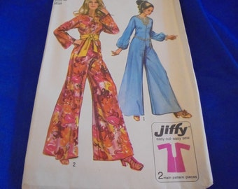 Sz 18 or 10 or 12  SIMPLICITY 9113 SEWINg PATTERn JIFFY JUMPSUIT MOd VINTAGe 1970S BOHo