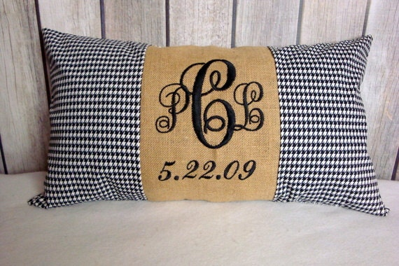 Wedding Pillow Cover. Anniversary Pillow. Monogram Pillow Cover. Burlap Pillow. Houndstooth Pillow
