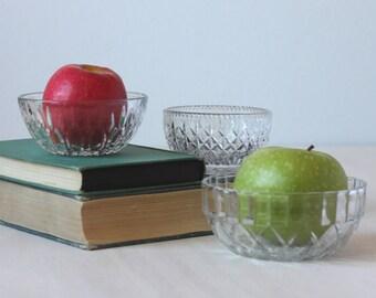 Vintage Bowl Set, Small Glass Bowl Set, Glass Nesting Bowls, Mismatched Bowl Set, Glass Prep Bowl Set, Pressed Glass Bowl Set, Set of bowls