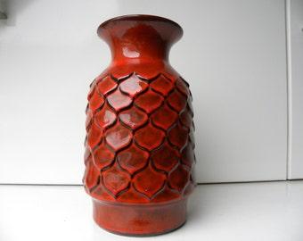 Jasba red scale vase N033-1124