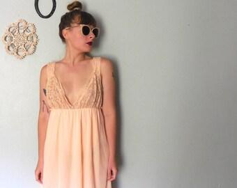 Vintage Sherbert Orange Maxi Night Gown, 1970s Nighty, Flowy Night Gown, Womens Size S/M