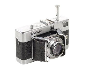 Voigthlander Vitessa w/2.0 Ultron Lens-Beautiful Mid Century camera