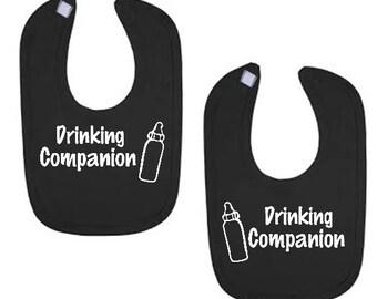 Black baby bibs bib set for twins Drinking Companion / Friends TWINS  funny infant baby boy girl Bib Set 2 bibs