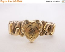 SALE Vintage SPEIDEL Sweetheart Expansion Bracelet Etched Heart Gold Tone Stretch Jewelry