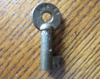Railroad key