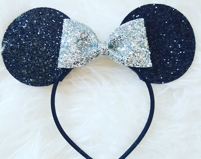 Minnie Mouse Ears Headband || Minnie Mouse Birthday || Minnie Mouse Headband || Minnie Ears || Black and Silver Minnie