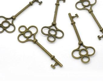 Bronze Tone Metal Skeleton Key//Scrapbooking//Craft Supplies//Paper Crafts