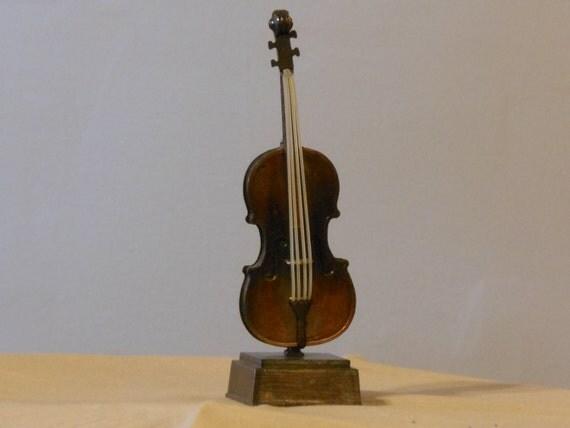 Violin Die Cast Metal Pencil Sharpener