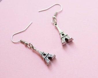 Eiffel tower earrings - OOAK - Paris earrings - trendy dangle earrings - wanderlust - France