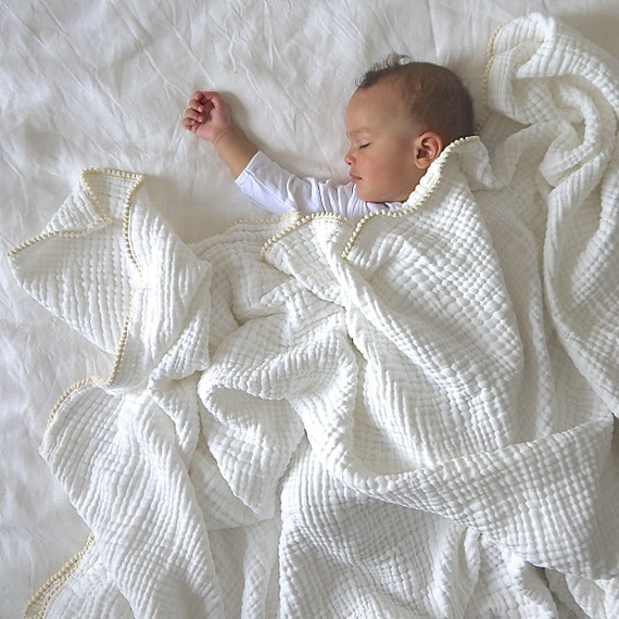 Toddler Bed Blanket / Extra Large HEIRLOOM Blanket / White and Cream Pom Pom Throw / Twin Bed Blanket