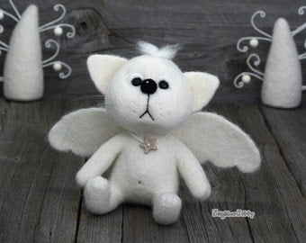 Needle felted white Angel Cat - Needle felted animal - Felting -   Soft sculpture - Fiber art - Home decor - Gift.