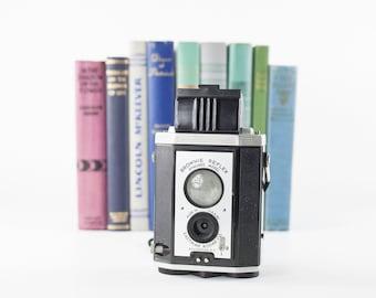 Vintage Kodak Brownie Reflex Synchro Model, Kodak Brownie Camera, Film Camera, Old Camera, Photography Prop, Photo Prop, Vintage Kodak