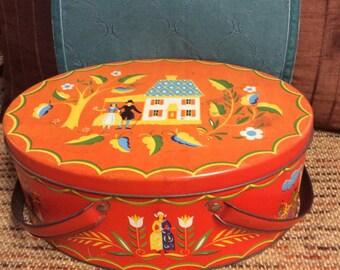 Vintage Metal Sewing Box with Vintage sewing items