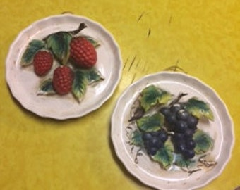 Vintage Grape and Logan Berry Wall Plaque