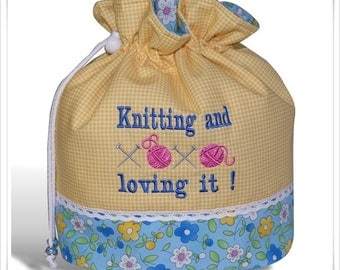 "Knitting Bag ""Knitting and loving it"""