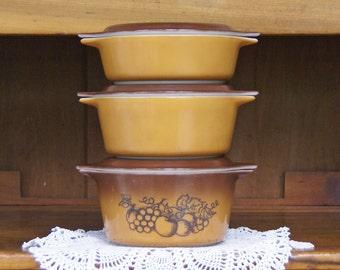 Pyrex Bake-Serve-Store Casserole Set with Lids ~ Old Orchard ~ Butterscotch ~ Ombre -- Brown & Gold ~ 1 Pt. ~ 1-1/2 Pt. ~ 1 Qt.
