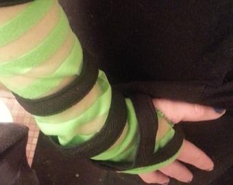 Black and Neon Green Cyberpunk Gloves, Vaporwave, Slime Punk,  Cybergoth Gloves, Fingerless Gloves, Sheer Gloves, Rave, Cyberghetto, Seapunk