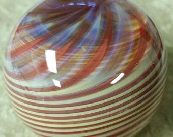 Opposing spirals borosilicate marble