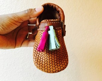 Huarache Moccasin with Tassel