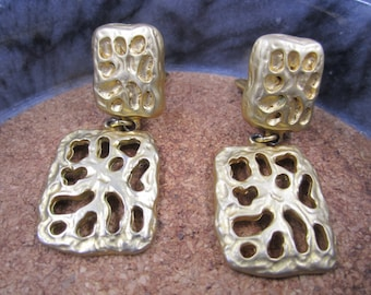 Vintage Gold Brushed Made in Canada Dangle clip on Earrings