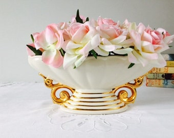 NOT FOR SALE reserved Patrick Events 14/06/16 Cream & Gold Centrepiece, Wade, 1950s.