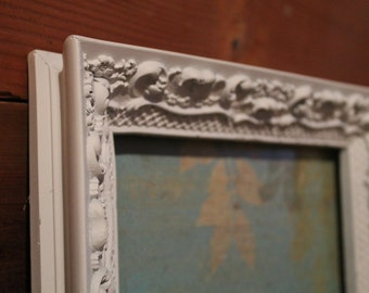 Vintage Shabby Chic Farmhouse Style Molded Picture Frame