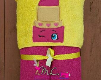 Lipstick Cutie Hooded Towels, Beach towel, Lippy Lip, Shopkins Towel