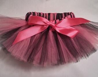 Bubblegum Pink and Black Dog Tutu, Hot Pink Black Dog tutu, pink and black dog tutu, pink and black pet tutu, dog tulle tutu, pet tutu