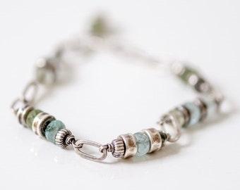 Sterling silver aquamarine bracelet, oxidized silver bracelet, chain and link bracelet, aquamarine jewelry, elegant aquamarine bracelet