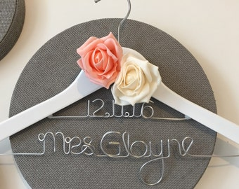 Personalised Bridal Hanger - Wedding Hanger with roses - Prom Dress Hanger - choose from 12 colours - 2 rows 2 Roses