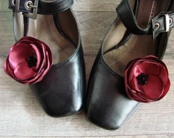 Burgundy shoe clips, Wine red shoe clips, Red flower shoe clips, Shoe accessory red, Shoe clips flower, Shoe clips wine red, Shoe flowers