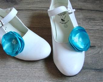Blue shoe clips, Blue shoe accessorry, Blue flower shoe clips, Flower shoe clips, Shoe clips flower, Shoe clips Blue poppy, Shoe flowers