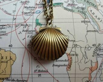 Mermaid Necklace / Steampunk Jewelry