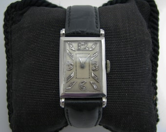 Handsome Vintage 1930's Longines Watch in Platinum with Diamonds
