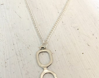 Silver nerd glasses necklace