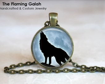 HOWLING WOLF in the MOONLIGHT Pendant •  Wolf Silhouette •  Loyalty •  Wolf Jewelry • Gift Under 20 • Made in Australia (P0318)