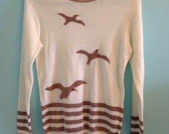 Vintage dove pullover sweater