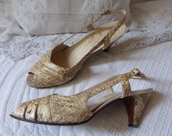 Bombas de sandalia de piel de serpiente de cuero Vintage zapatos cuero beige cuero español retro vintage serpiente mujer peep toe tacón tamaño 37