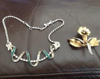 Boucher orchid 8080P necklace 5360