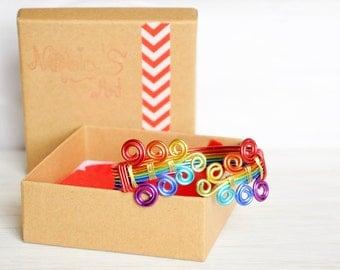 Gay pride Bracelet, Rainbow bracelet, Lesbian wedding gift, Lesbian couples, Rainbow wedding, Gay jewelry Gift, LBGT lgbtq, Girlfriend gift
