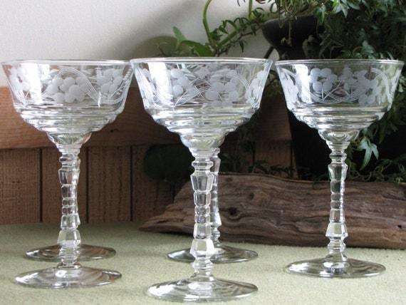 Etched Champagne Glasses Libbey's Rock Sharpe Art Deco Wine Glasses Flowers and Lines Set of Five (5)