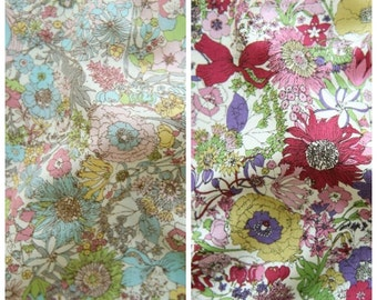 Flowers Pattern Cotton Fabric (138421)- 2 Colors Selection