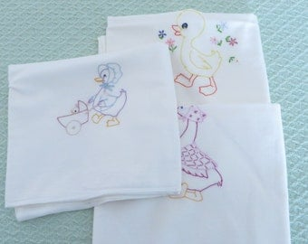 Set of 3 Embroidered Muslin Baby Receiving Blankets